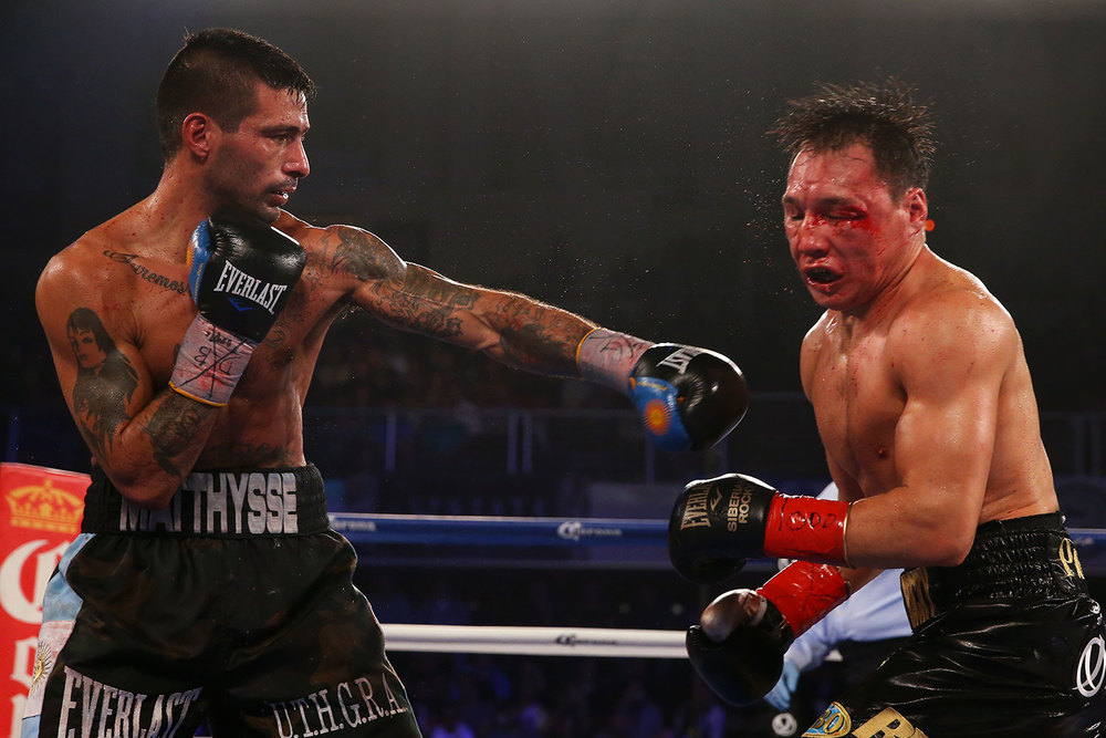 150418-matthysse-vs-provodnikov-slideshow-06.jpg