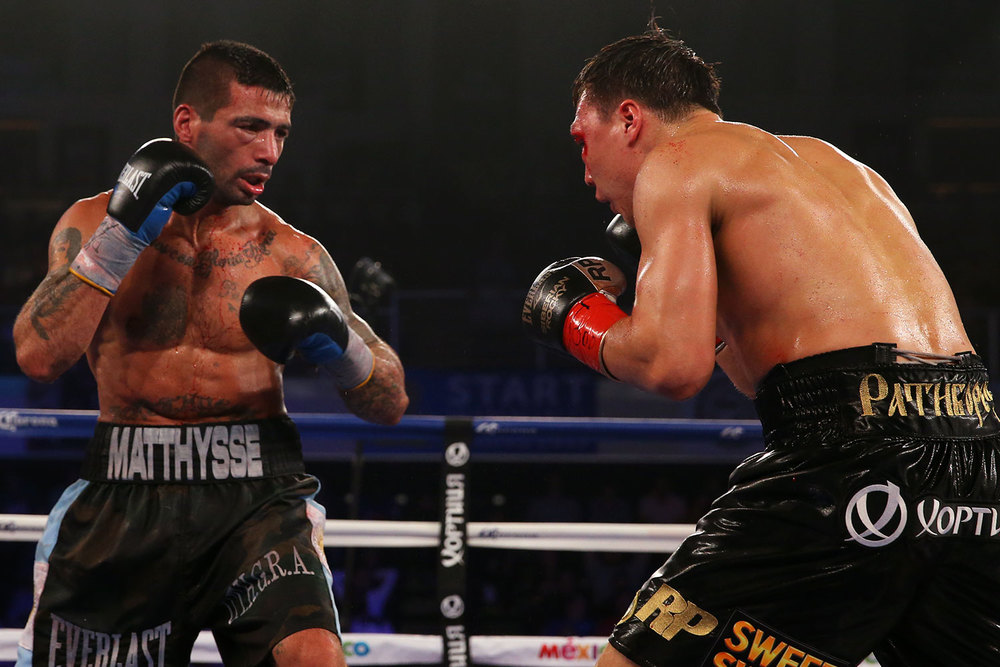 150418-matthysse-vs-provodnikov-slideshow-09.jpg