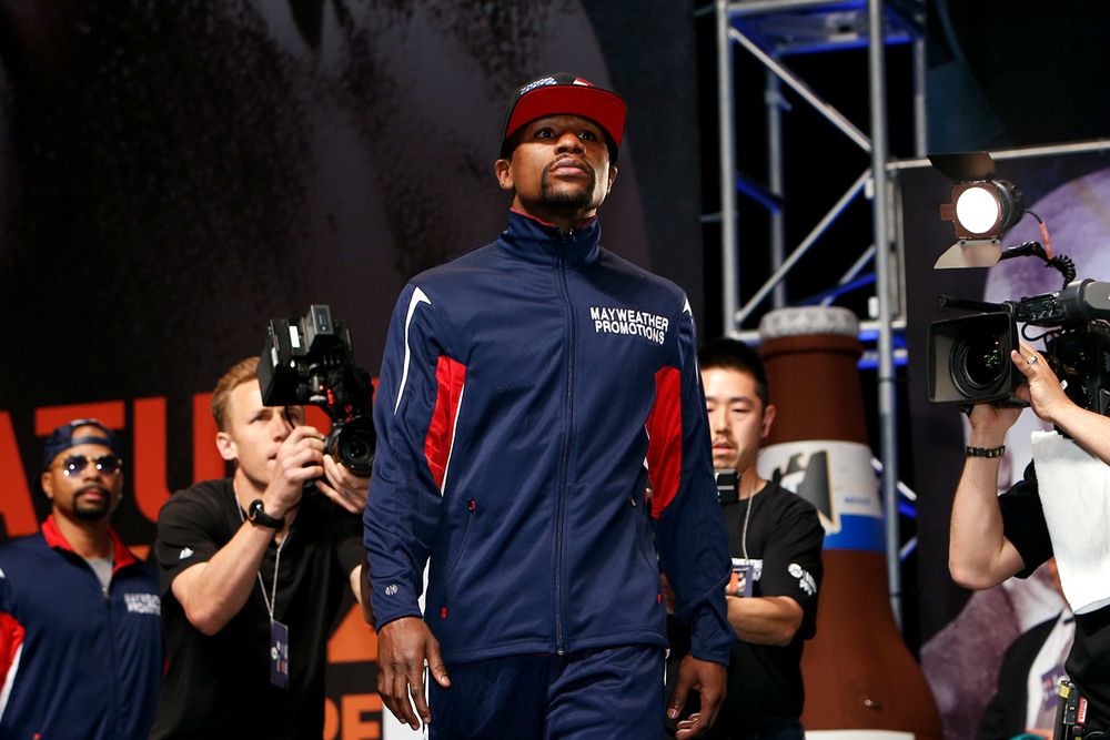 150501-mayweather-vs-pacquaio-weighin-slideshow-02.jpg
