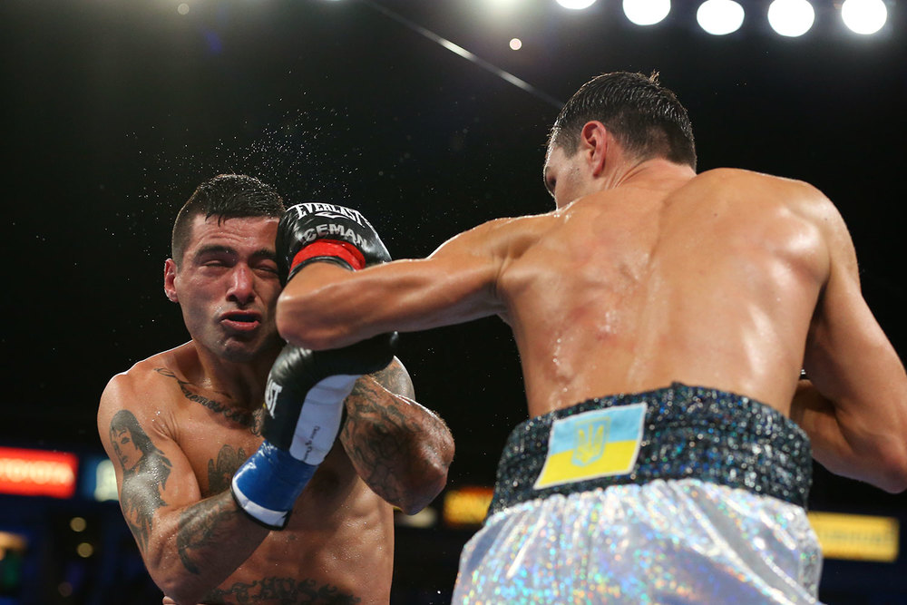 151003-matthysse-vs-postol-slideshow-02.jpg