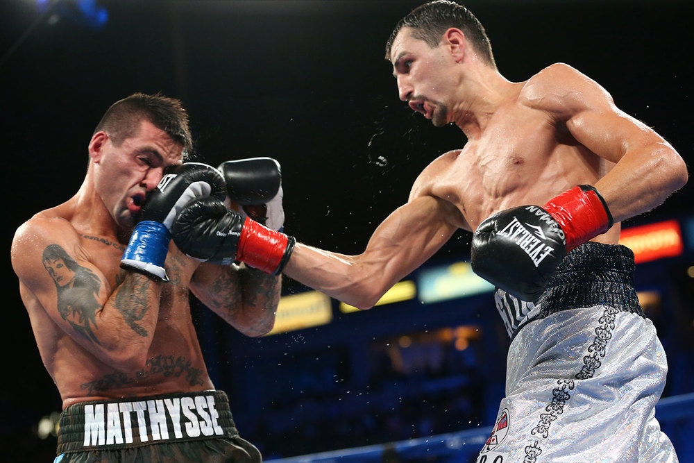 151003-matthysse-vs-postol-slideshow-07.jpg