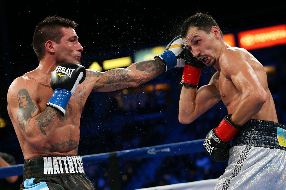 151003-matthysse-vs-postol-slideshow-09.jpg