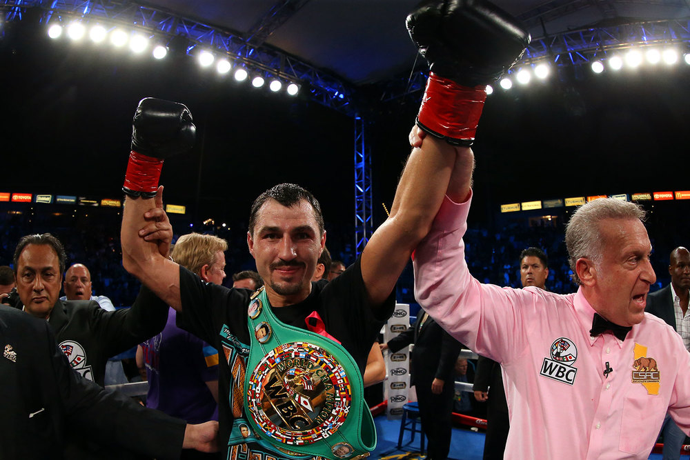 151003-matthysse-vs-postol-slideshow-12.jpg