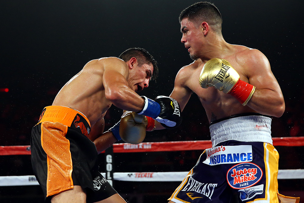 diaz-jr-vs-garcia-ss-04.jpg