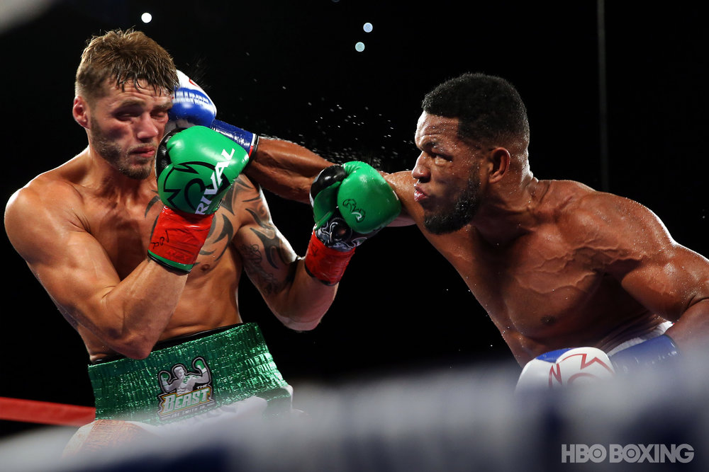 smith-vs-barrera-4.jpg