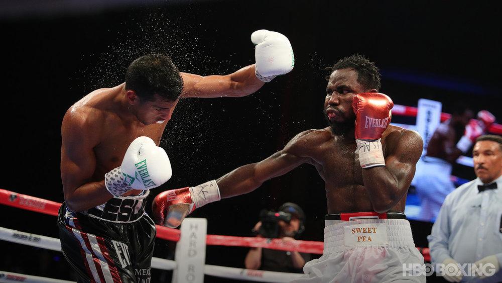fight02-ss-10.jpg