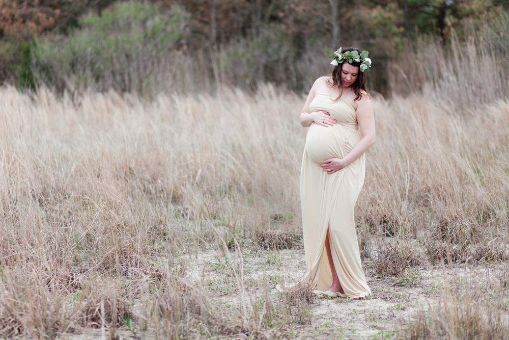 Danielle McVey Photography Virginia Beach Maternity Photographer (15).jpg