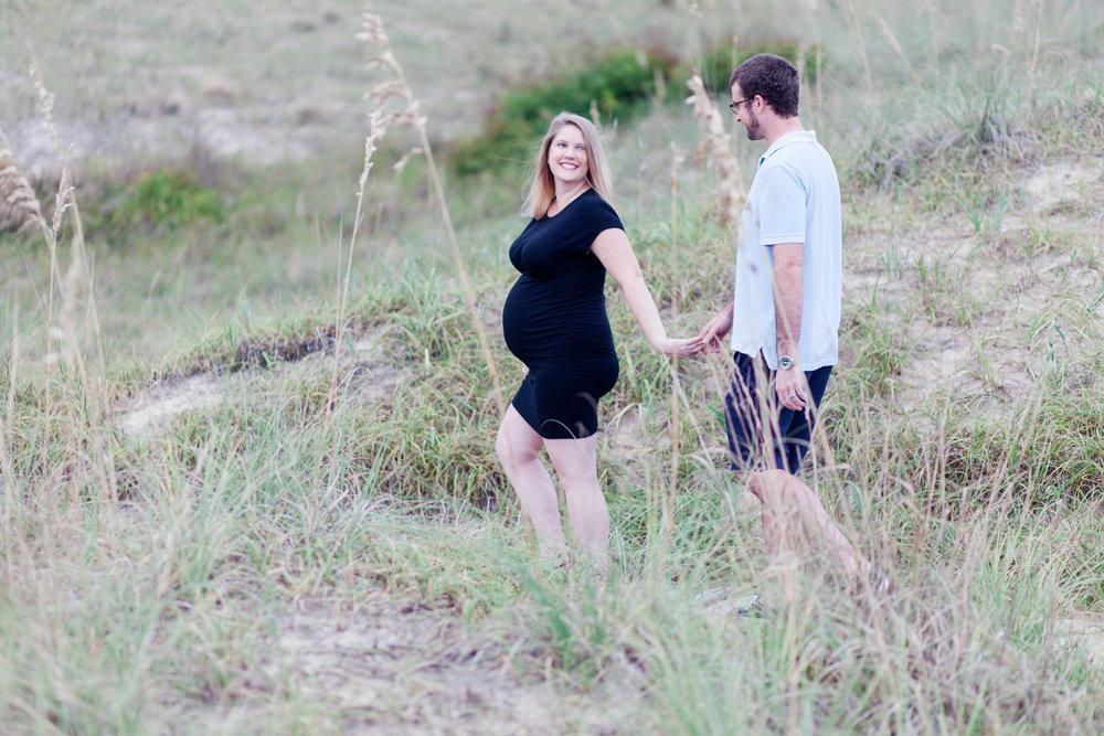 Danielle McVey Photography - Virginia Beach Maternity Photographer (9).jpg