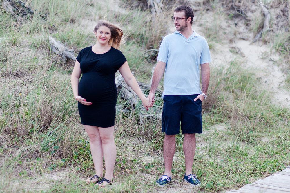 Danielle McVey Photography - Virginia Beach Maternity Photographer (11).jpg