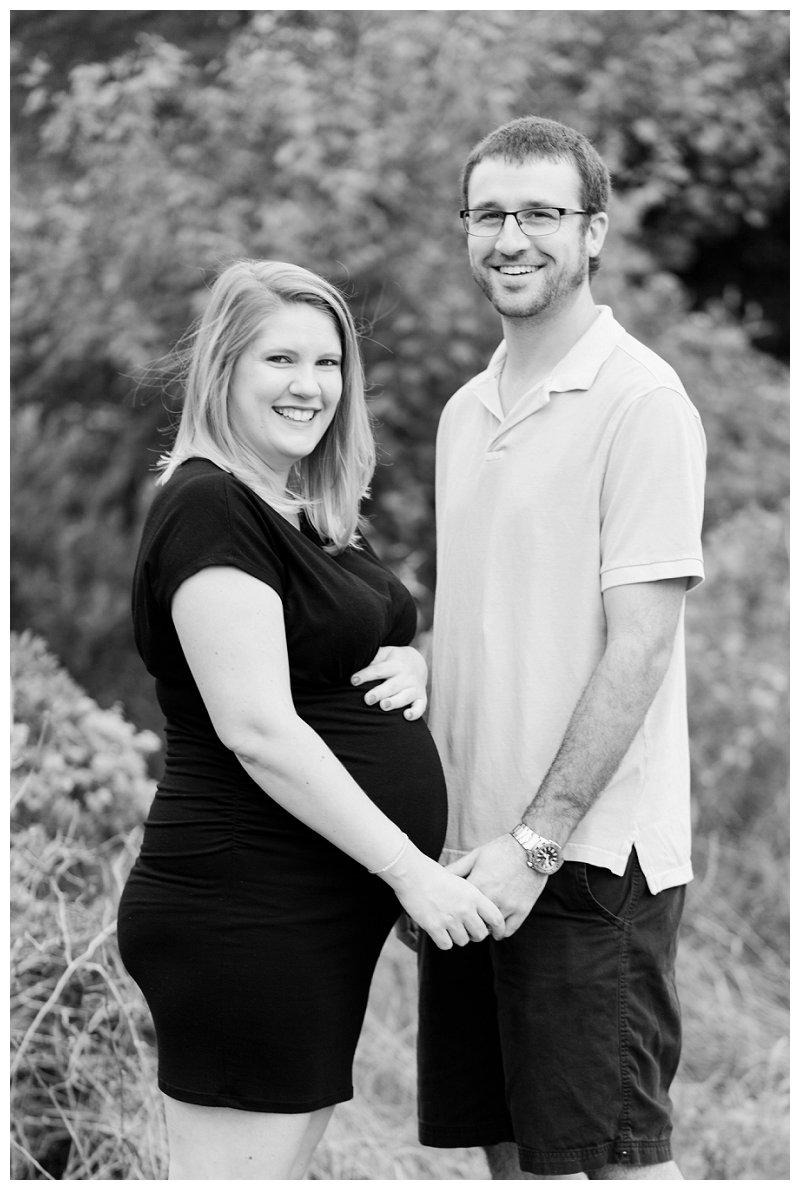 Danielle McVey Photography - Virginia Beach Maternity Photographer (16).jpg