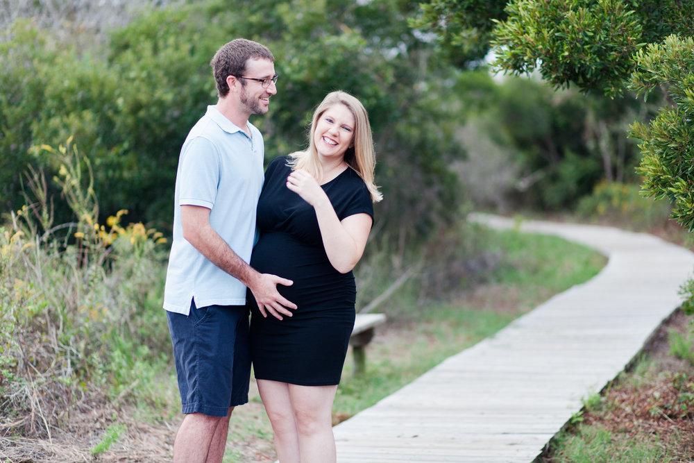 Danielle McVey Photography - Virginia Beach Maternity Photographer (15).jpg