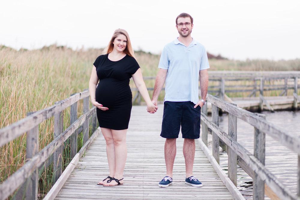 Danielle McVey Photography - Virginia Beach Maternity Photographer (24).jpg