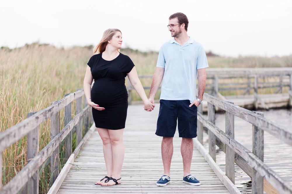 Danielle McVey Photography - Virginia Beach Maternity Photographer (25).jpg