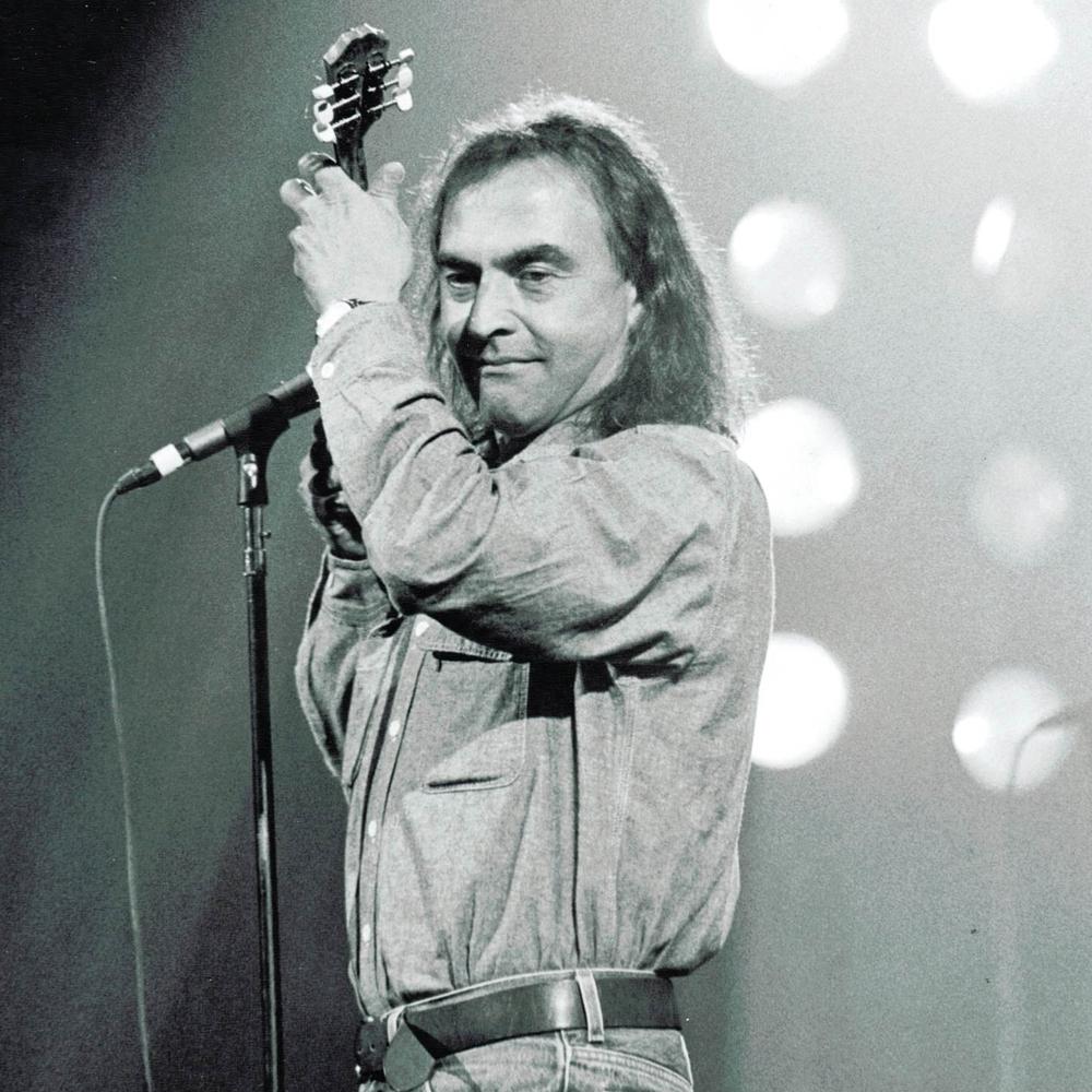Nikos Papazoglou