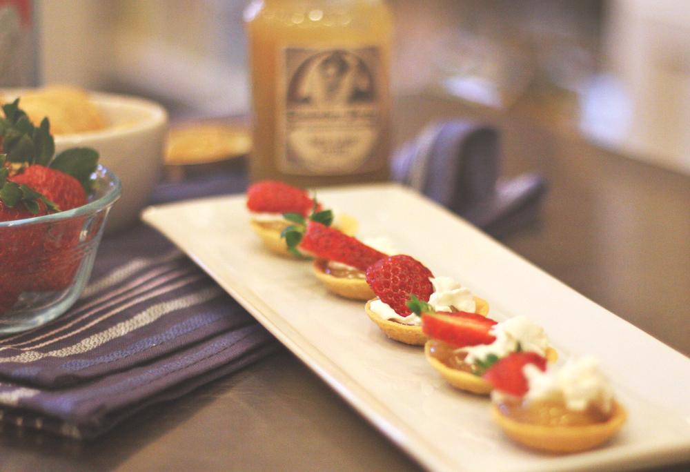 Sweet & Tart Pastry Bites | SavoryPantryBlog.com |#PastryShells