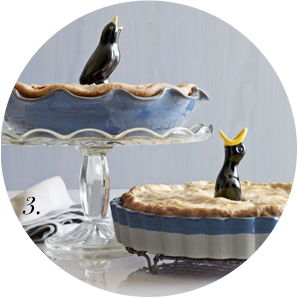 For the Love of Pie Roundup | Vintage Pie Birds | TheSavoryPantryBlog.com