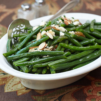 Glazed Green Beans with Crumbled Gorgonzola | Mother's Day Lunch | SavoryPantryBlog.com