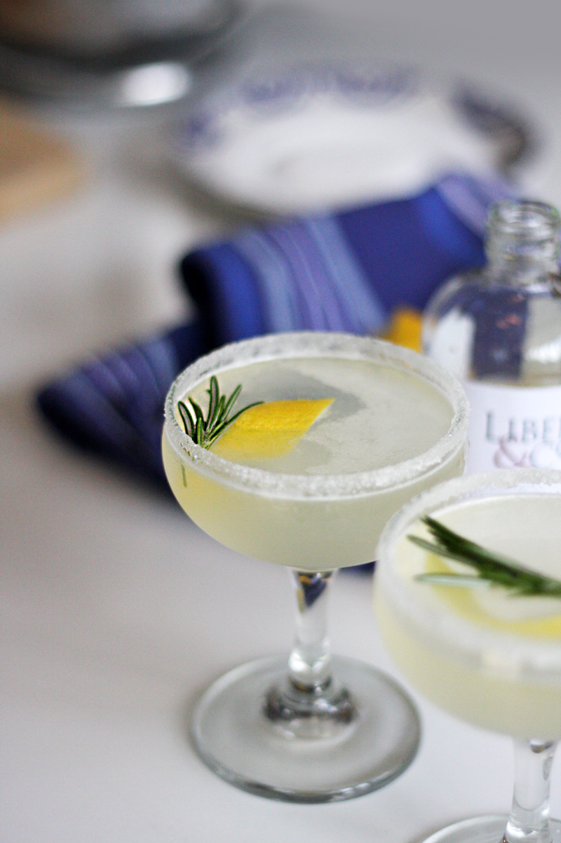 Recipe: Rosemary Lemon Drop Cocktail | SavoryPantryBlog.com