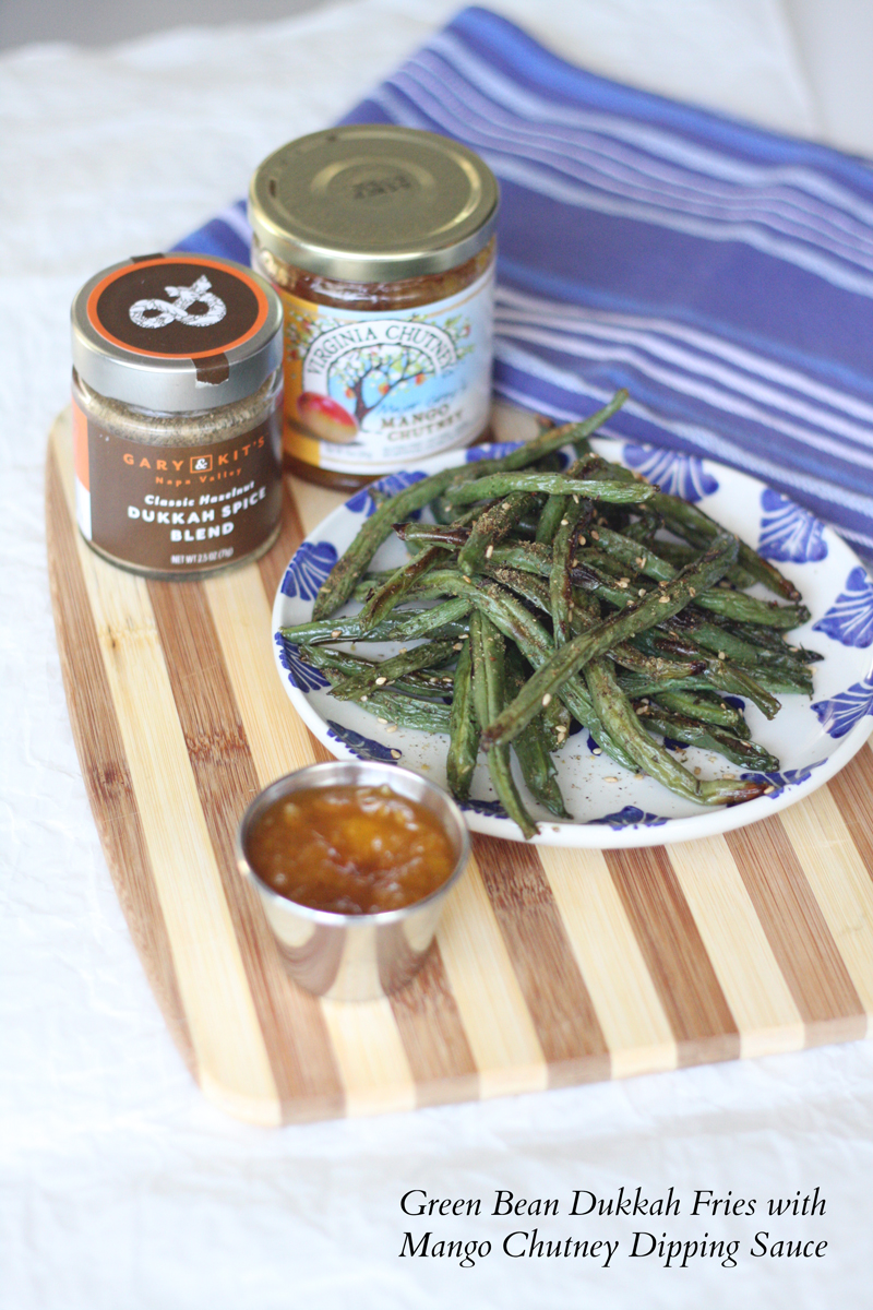 Recipe: Green Bean Dukkah Fries with Mango Chutney Dipping Sauce | SavoryPantryBlog.com