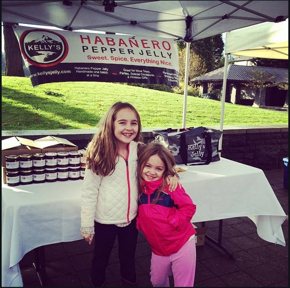 Maria and Penny Calabria at Farmer's Market_preview.jpeg