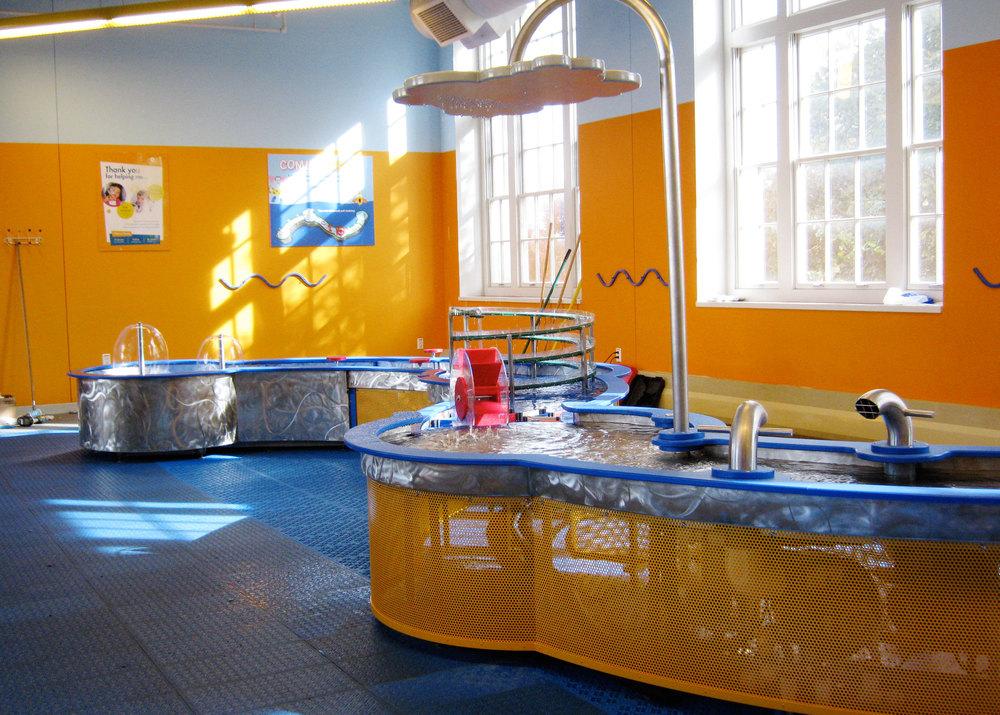 COSI Water Table