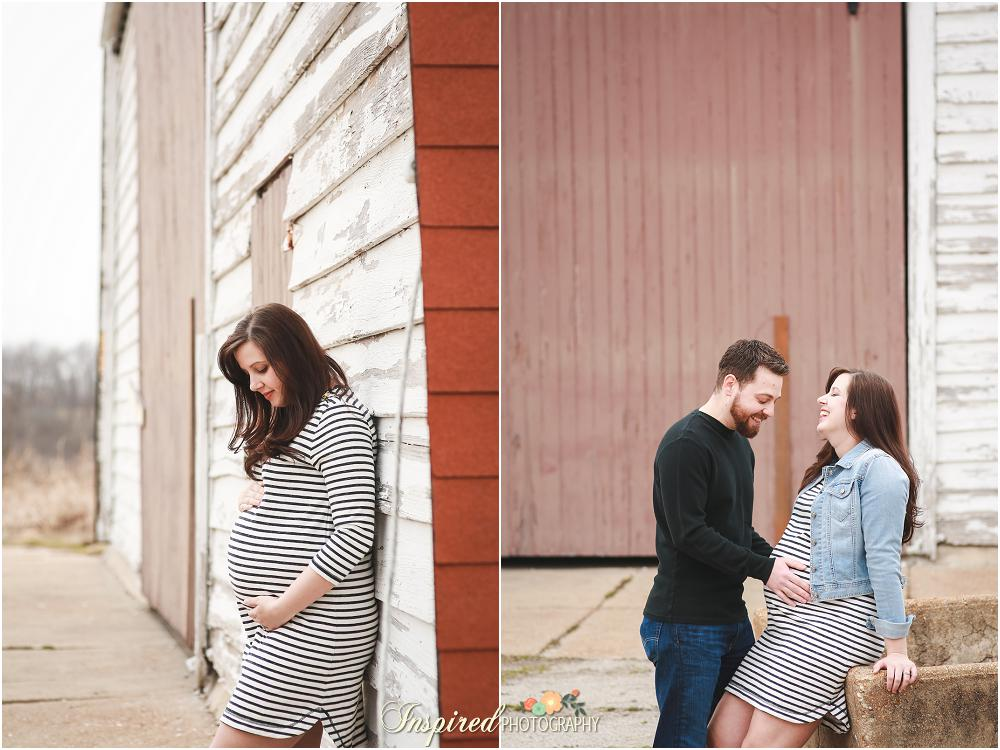 Rustic Barn St. Louis Maternity Photography // www.inspiredphotographystl.com