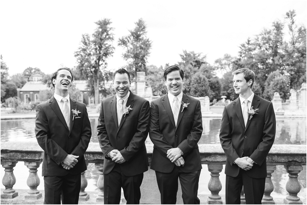 Immaculate Conception, Piper Palm House, International Travelers, Bright Summer Wedding // www.inspiredphotographystl.com