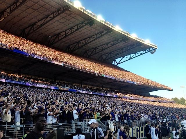 Husky Stadium Fans.jpeg