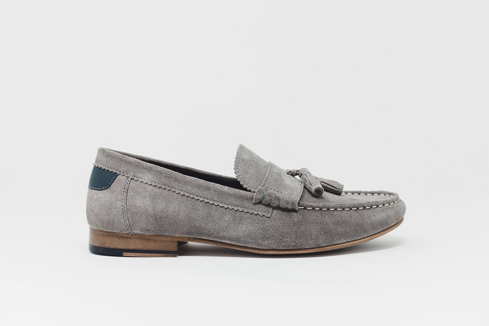Will Suede Tassel Loafer GRY - £65.00