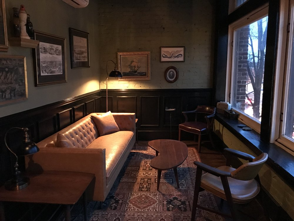 Relax and enjoy a cigar with your whiskey in our old-style smoking lounge.
