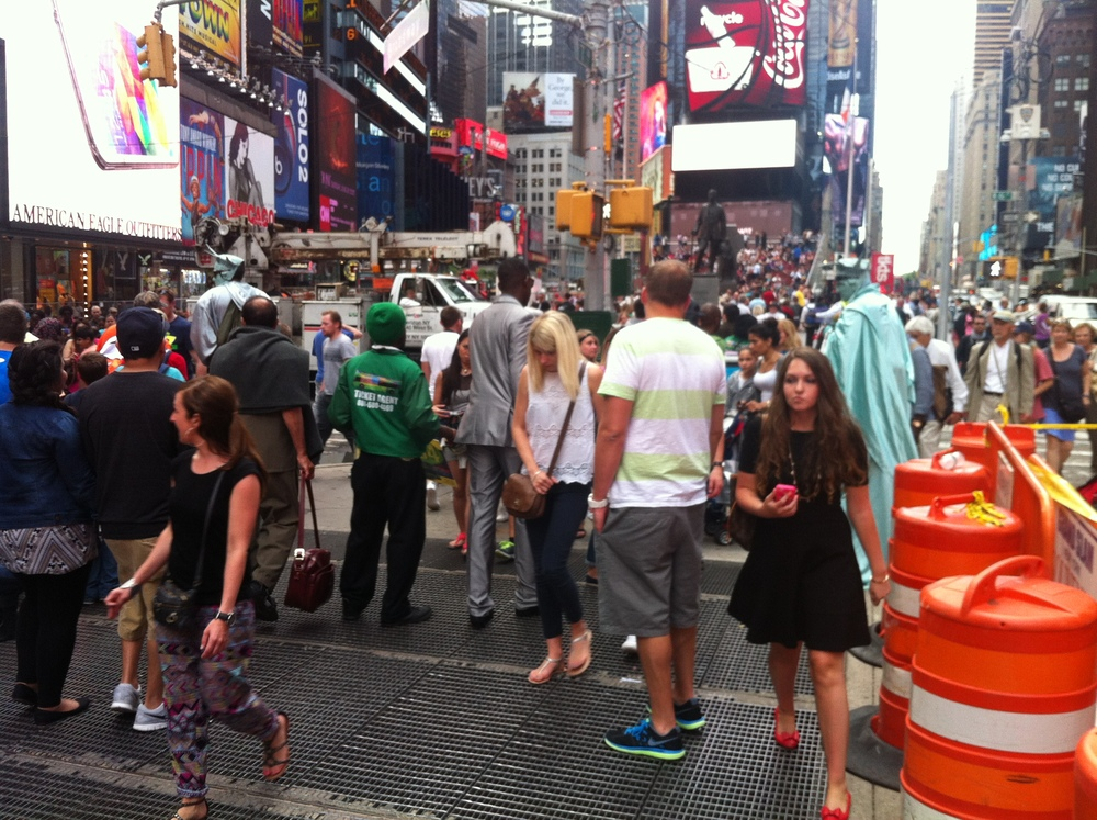 Max-Neuhaus-Times-Square-Strategy-and-Electric.jpg