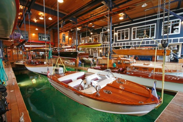 Winn Boathouse Up For Sale First Mate Yacht And Property