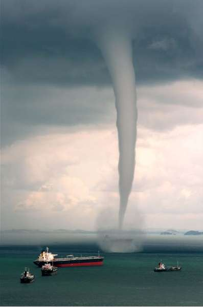 FREAKIN_WATER_SPOUT!!!