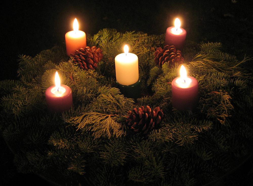 advent-wreath-alt-xmas-eve-10.jpg