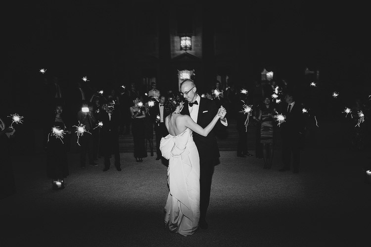 midnight sparkler wedding first dance