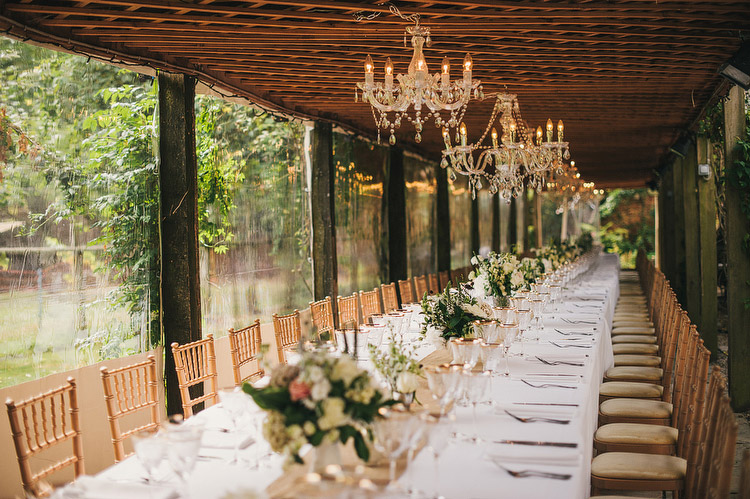 maunsel house pergola wedding meal