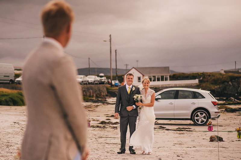 beach-wedding-ireland-019_mini.jpg