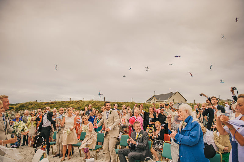 glider confetti wedding