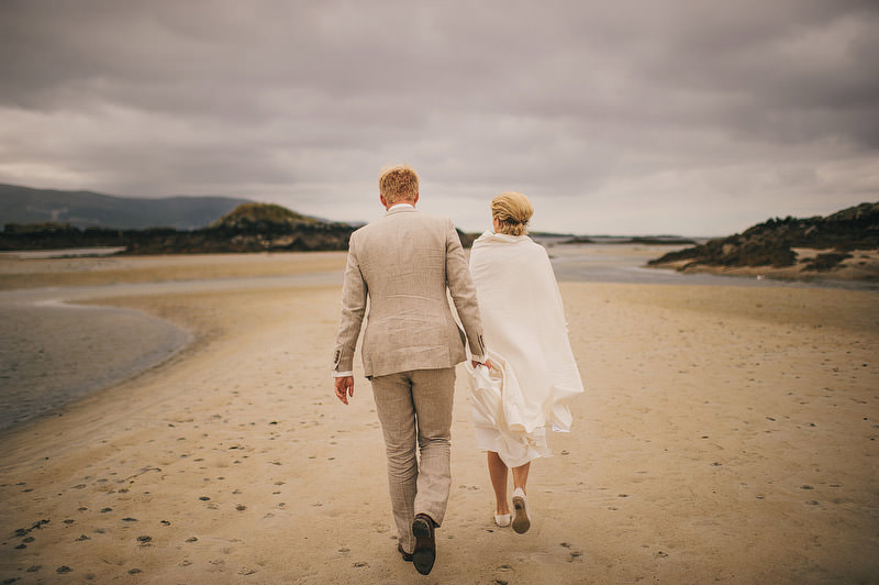 beach-wedding-ireland-029_mini.jpg