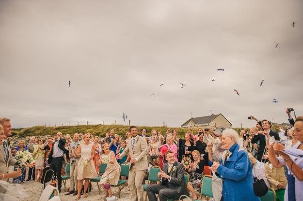 confetti alternatives {the groom was a pilot). Or venue alternative (beach)