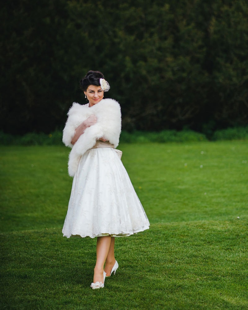 retro vintage fifties wedding dress