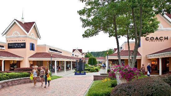 North Georgia Premium Outlet