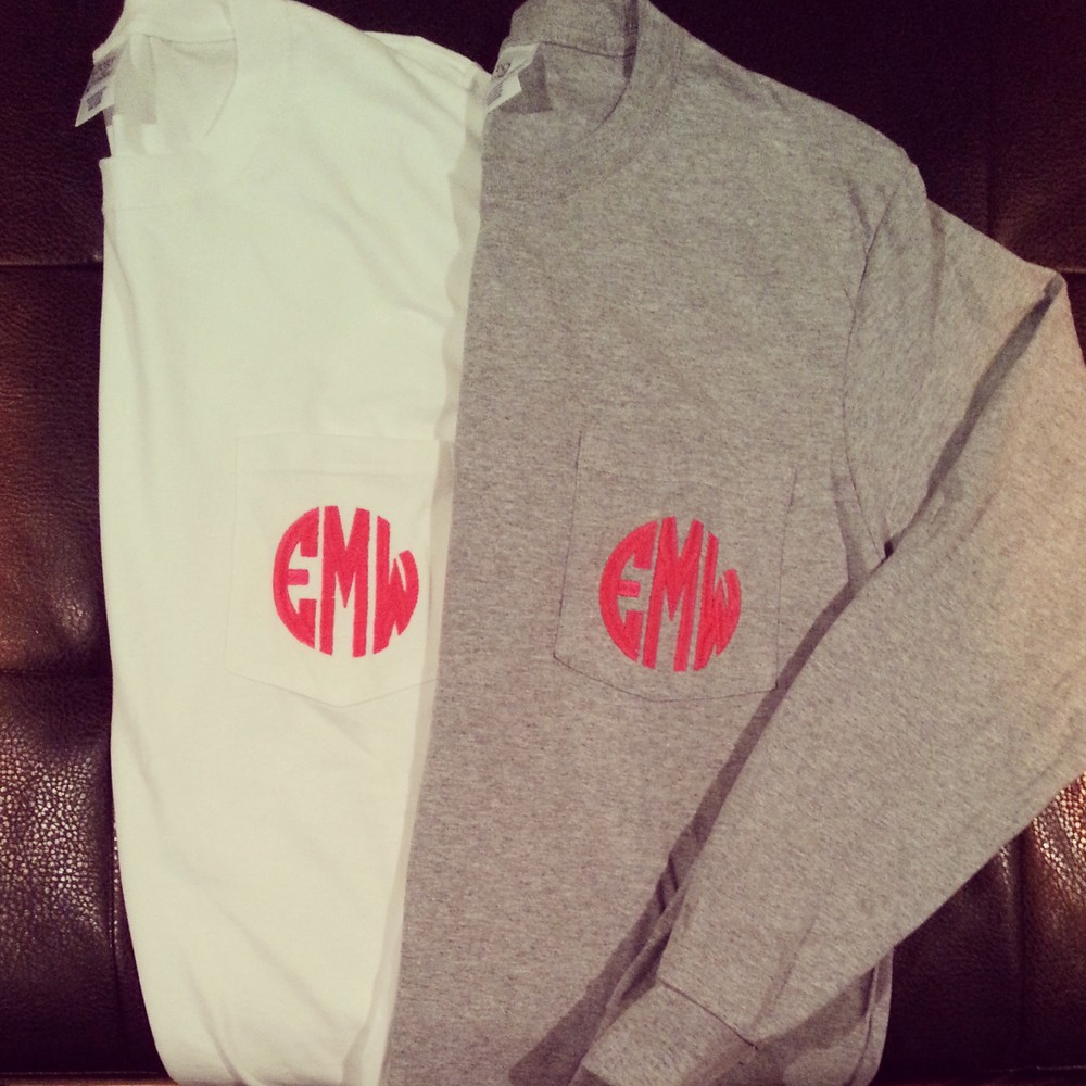 LONG SLEEVE MONOGRAM TEE , SHOWN IN WHITE AND HEATHER GRAY. NEON PINK MONOGRAM IN OPTION 10 FONT.