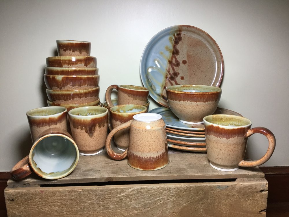 Mudboy Ceramics brings you all types of pottery for your needs! Handmade stoneware mugs, bowls, plates and more. -