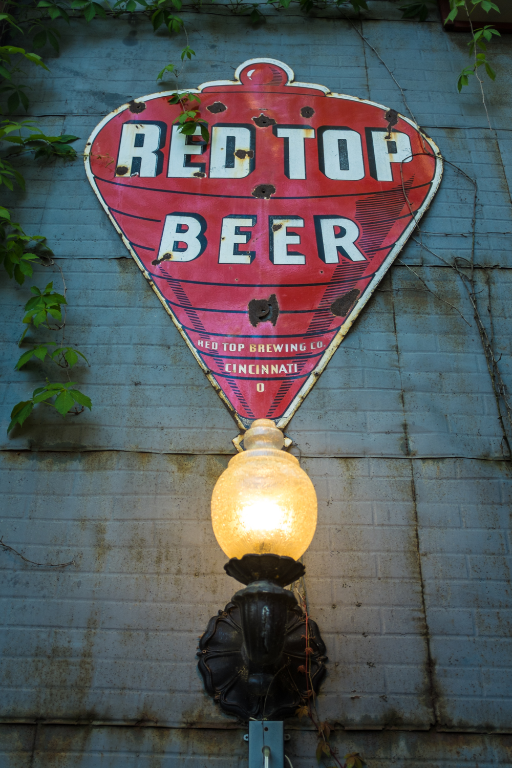 Story Inn - Red Top Beer sign