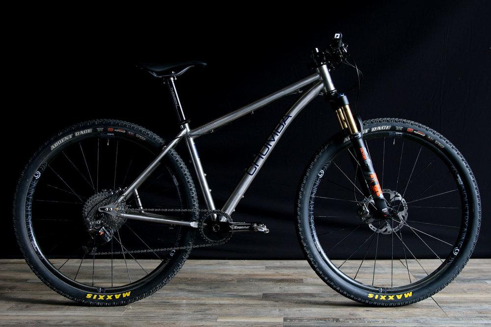 Chumba-Stella-Titanium-Race-Bike-29er.jpg