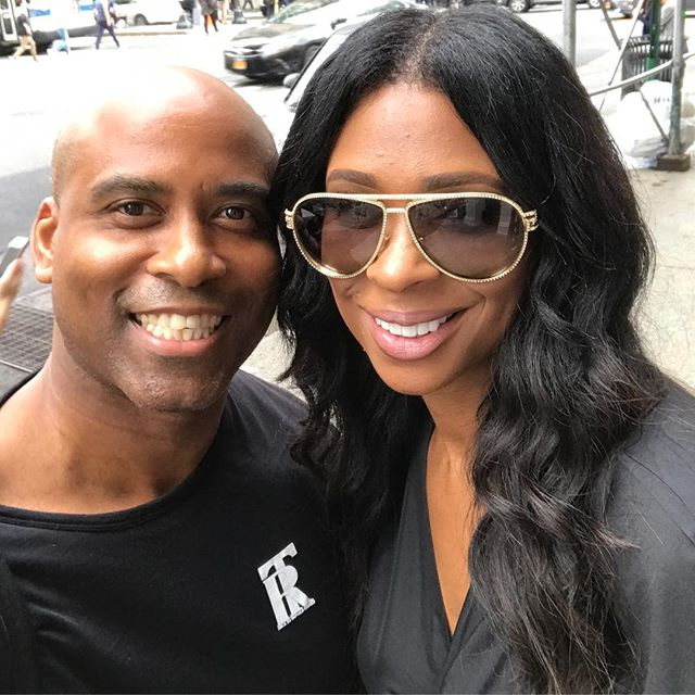 LOOK 👀 WHO I RAN INTO IN THE CITY . JENNIFER FROM BASKETBALL 🏀 WIVES #ROCKBYRONALDTIMMER #NYC #BROADWAY #PRINCESTREET