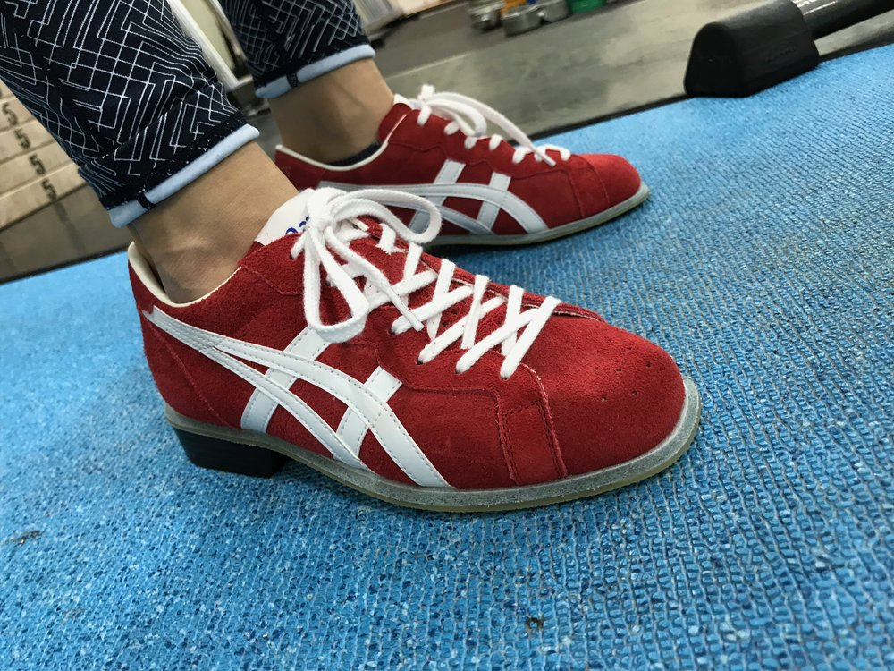asics on feet 2.jpg