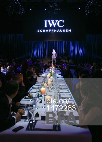 Joel McHale, Dinner-mosphere, IWC Schaffhausen-mosphere
