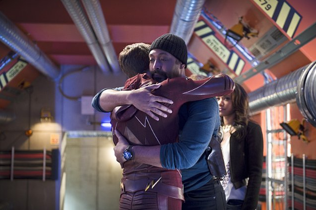 Still of Jesse L. Martin and Grant Gustin in The Flash (2014).PNG